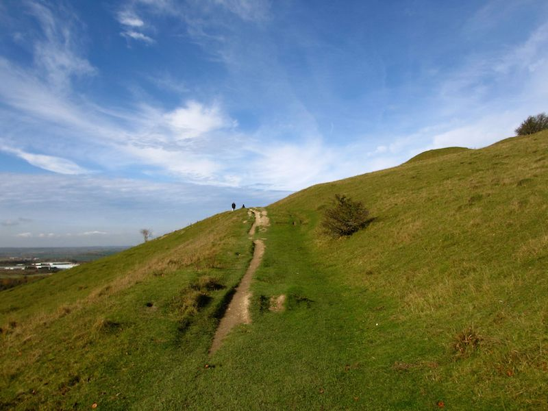 Walking path up hill - Aylesbury car-free adventures