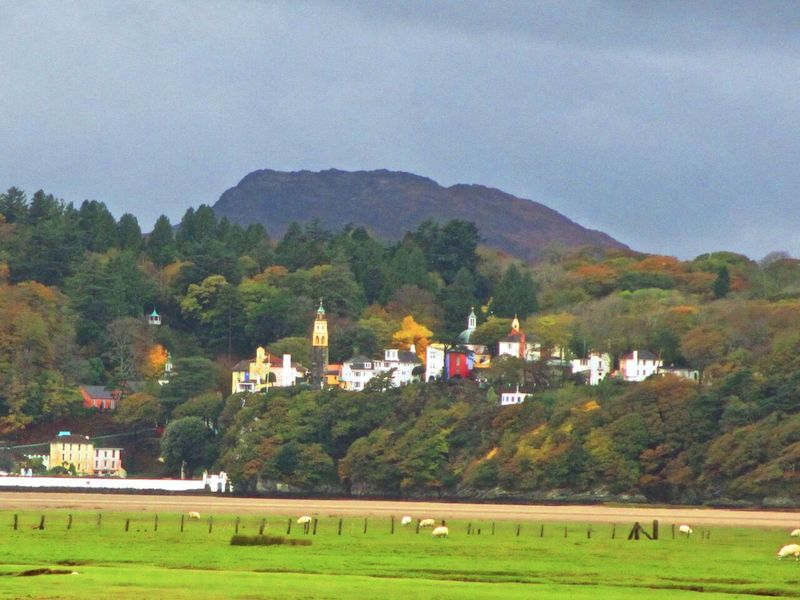 Portmeirion view - Barmouth car-free adventures