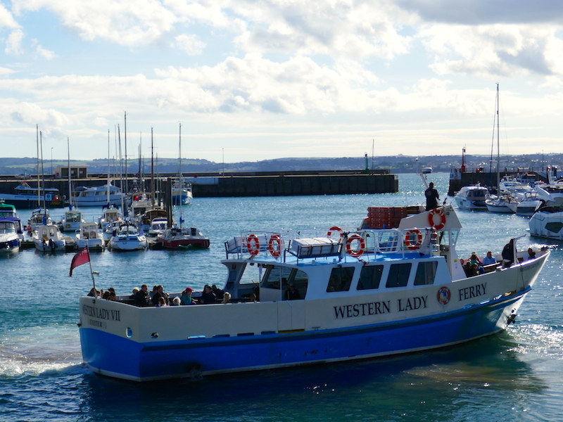 Boat in Torquay - Torquay car-free adventures