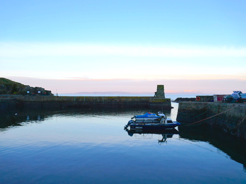 Boat in harbour in Ayrshire - Ayr car-free adventures