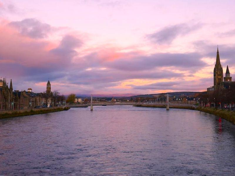 Aberdeen sea view - Car-free adventures around Aberdeen