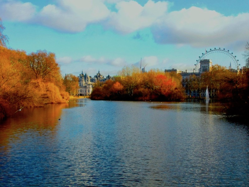 St James's Park - spotted on our tour of TV locations for The Crown car-free