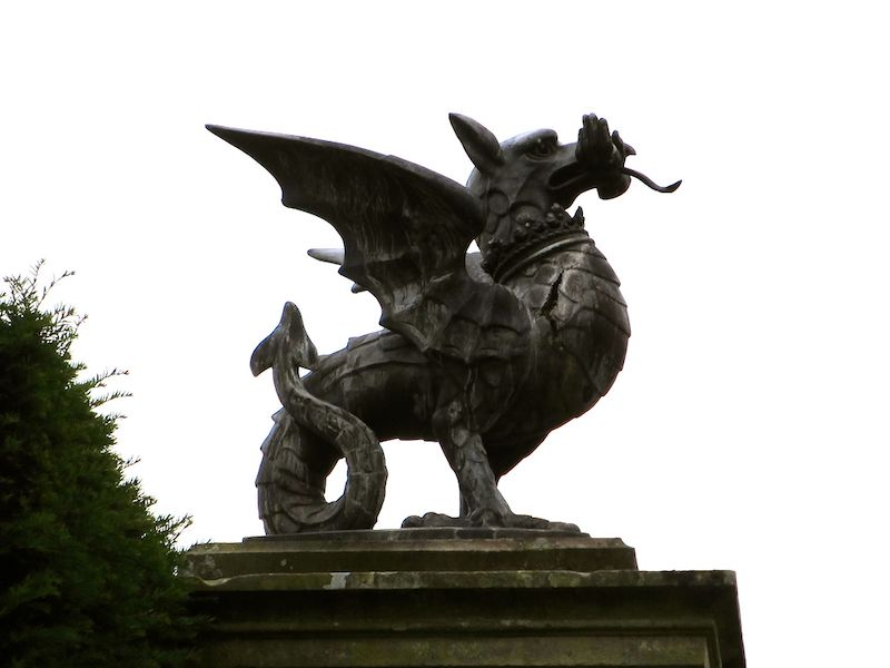 Welshpool - Powis garden dragon - spotted on our Car-free haunted journeys around the UK