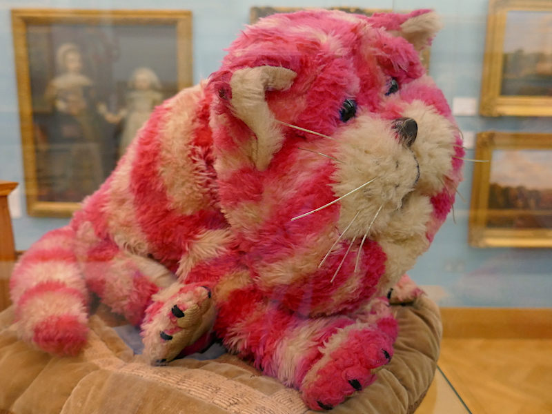 Bagpuss - spotted on our car-free adventures around Canterbury
